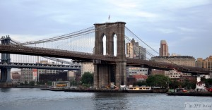 Widok na Brooklyn Bridge